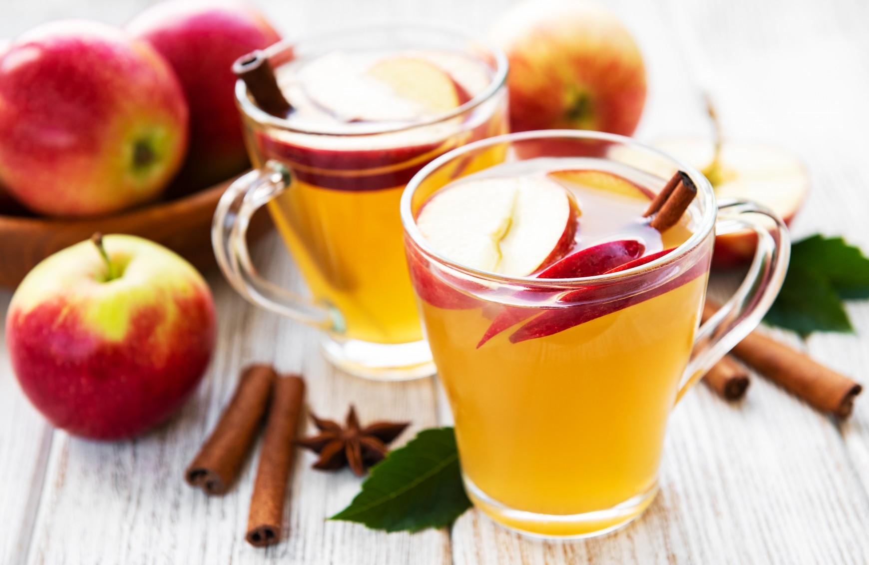 Apfelpunsch für Kinder und Erwachsene